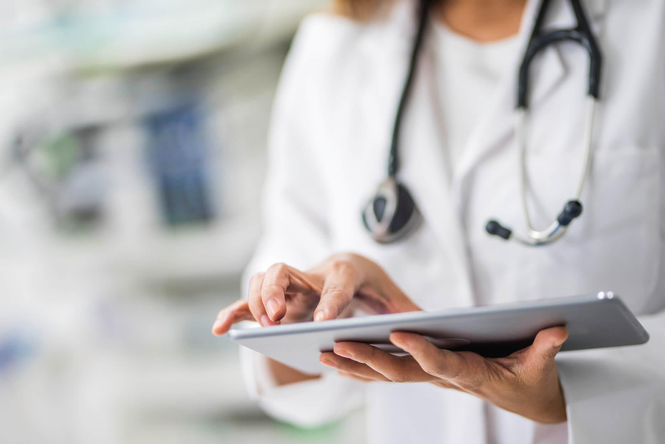 Como estar atento à regulação da Anvisa sobre equipamentos hospitalares