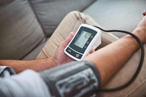 Pressão arterial invasiva e não invasiva veja as diferenças!