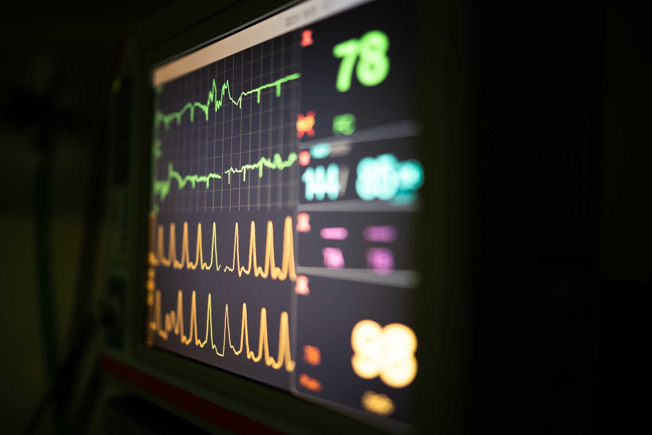 Confira os cuidados essenciais com o oximetro e o sensor de oximetria